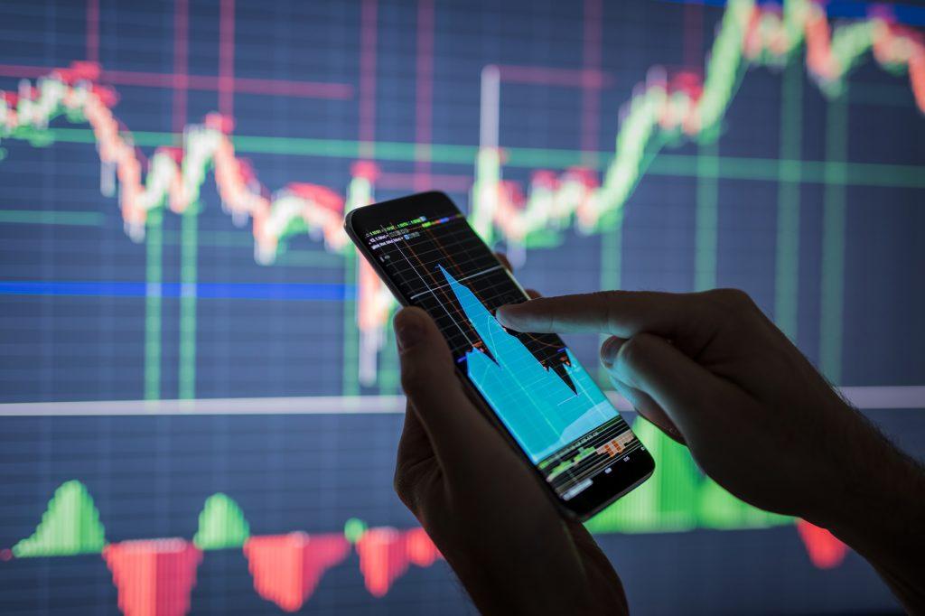 Bond issue bolsters Greek capital market